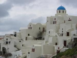 イア 教会と建物