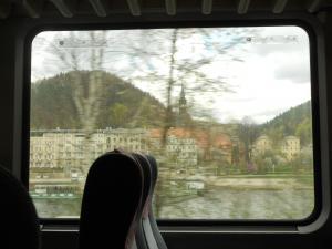 ベルリンからプラハへの列車から見た風景
