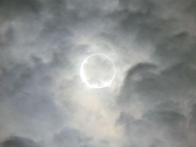 金環日食2012052102