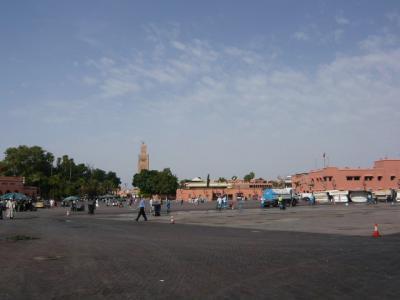 モロッコ・マラケシュ「ジャマ・エル・フナ広場」1