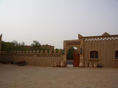 モロッコ・メルゾーガ「Hotel Yasmina」2
