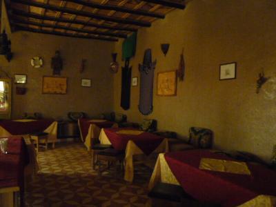 モロッコ・メルゾーガ「Hotel Yasmina」5