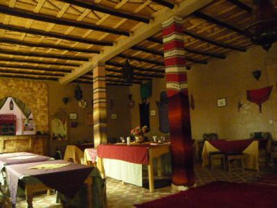 モロッコ・メルゾーガ「Hotel Yasmina」6