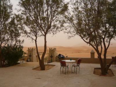 モロッコ「サハラ砂漠(メルズーガ)のテント」1