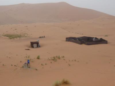 モロッコ「サハラ砂漠(メルズーガ)のテント」7