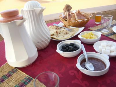 モロッコ・メルゾーガ「Hotel Yasmina」14