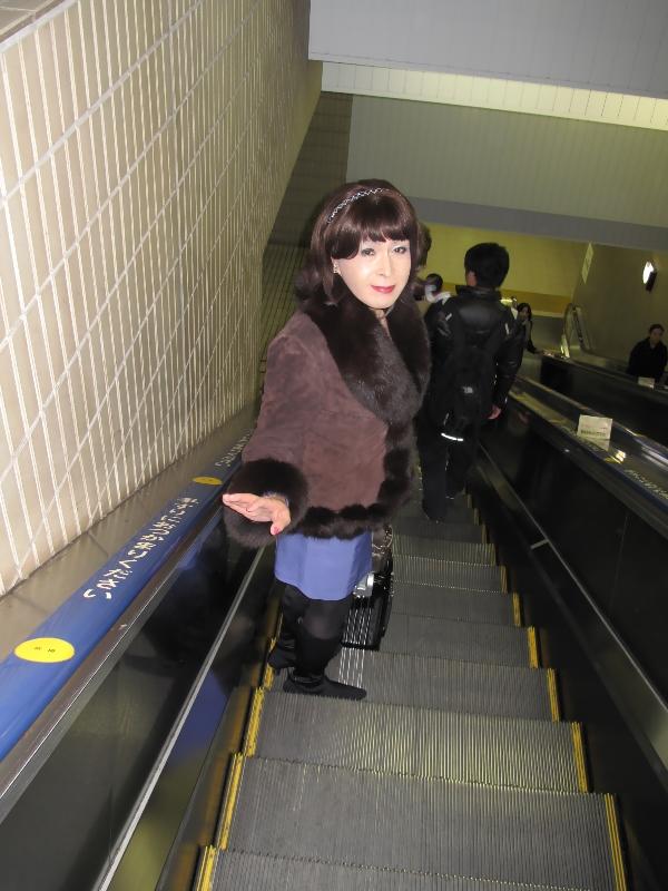 091213Ambassador青スーツ(1)