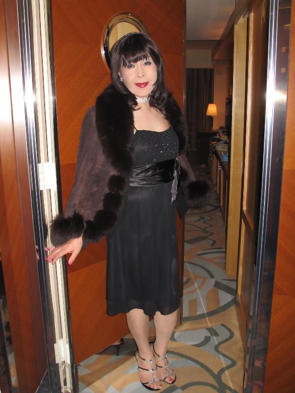 091213黒ドレス(2)