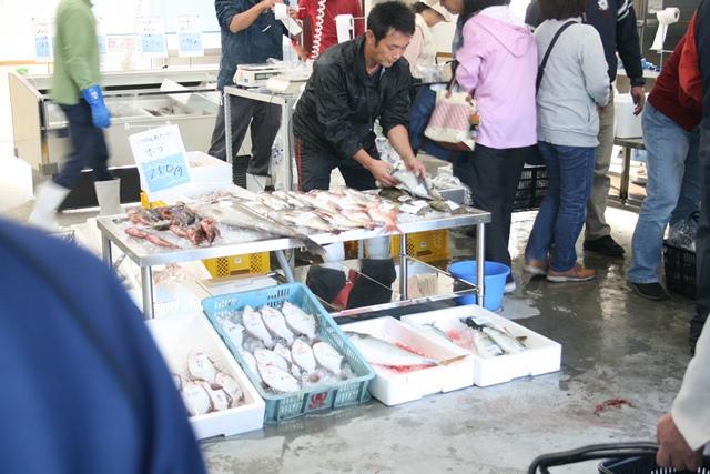 IMG_2793 坂漁協朝市