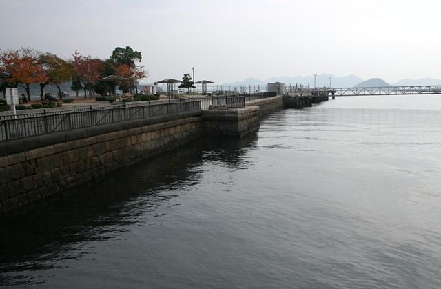 IMG_3067 旧陸軍桟橋 W