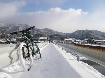雪道サイクリング