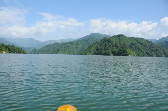 1825気持ちの良い湖上でした