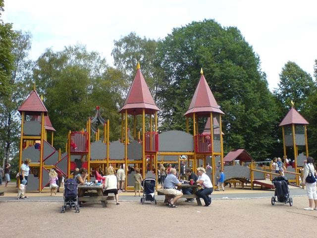 Frognerborgen_in_Frogner_Park,_Oslo