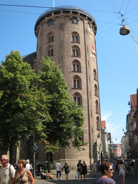 round-tower-copenhagen-denmark+1152_12835396652-tpfil02aw-5897.jpg