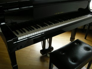 002pianocyoutiui.jpg