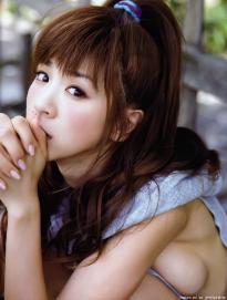 hoshino_aki_g099.jpg