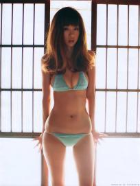 hoshino_aki_g113.jpg