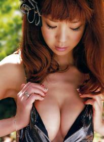 hoshino_aki_g120.jpg