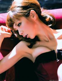 hoshino_aki_g123.jpg