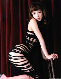hoshino_aki_g124.jpg