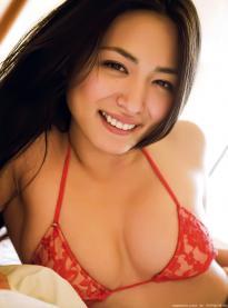 kawamura_yukie_g060.jpg