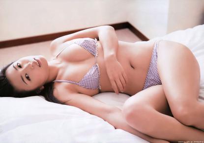 kawamura_yukie_g068.jpg