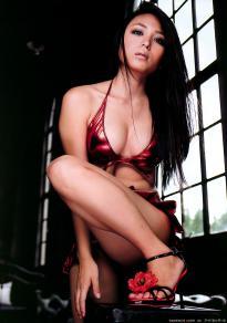 kawamura_yukie_g071.jpg