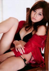 sugimoto_yumi_g136.jpg