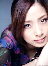ueto_aya_g034.jpg