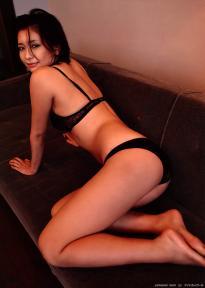 yamasaki_mami_g032.jpg