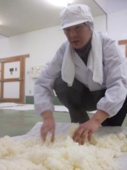 皿谷さん蒸し米
