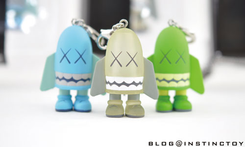 blogtop-kaws-blitz-mini-key.jpg