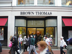 BROWN THOMAS 3
