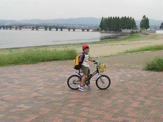 近江大橋を見ながら走る