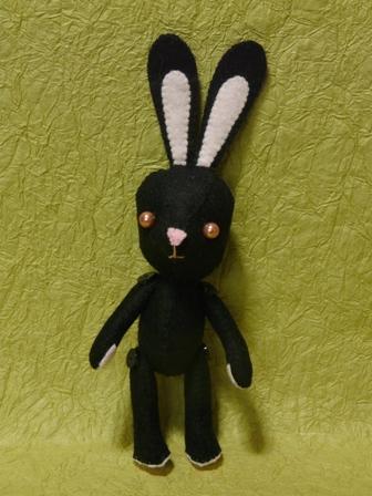 フェルトの黒ウサギさん 2