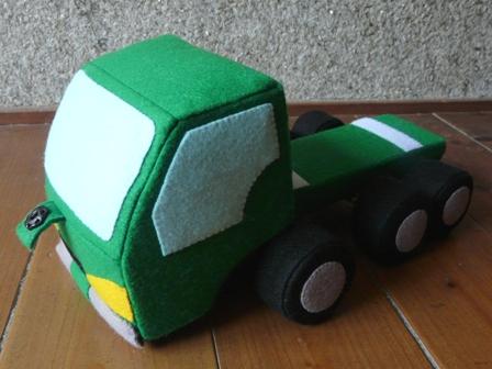 フェルト手芸 特急便の車 9