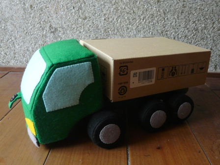 フェルト手芸 特急便の車 10