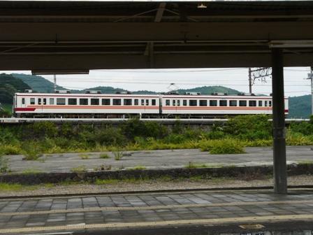 東武日光線 6050系電車