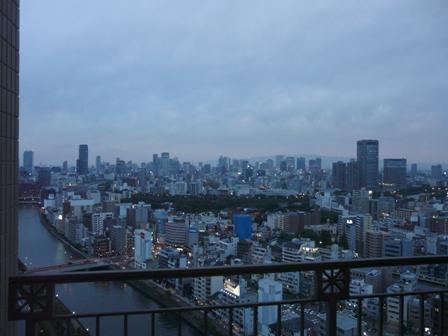 大阪のホテルからの夕景 1