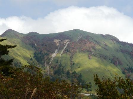瓶ヶ森林道から見た 笹ヶ峰