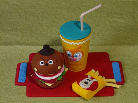 アンパンマンとハンバーガーキッドのハンバーガーセット 9