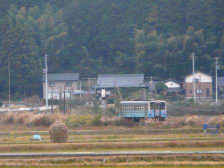 わらぐろ と 列車 (キハ54形) 2