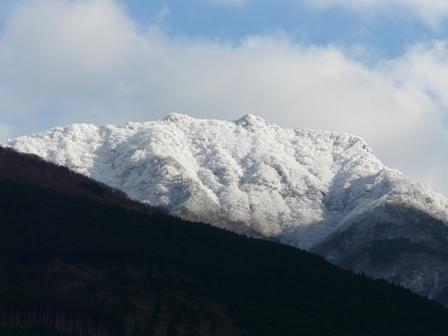 雪の山 4