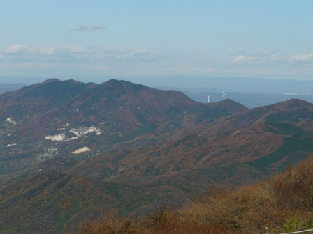 ケーブルカー山頂駅付近の展望台からの眺望 4