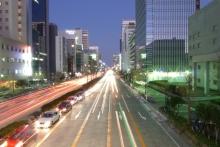 ばんちゃんの旅案内 -日本全国自走の旅--桜通り夜景