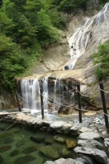 ばんちゃんの旅案内 -日本全国自走の旅--親谷の湯+姥ヶ滝