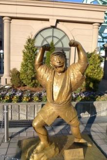 ばんちゃんの旅案内 -日本全国自走の旅--両さん銅像