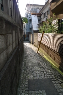 ばんちゃんの旅案内 -日本全国自走の旅--神楽坂の石畳