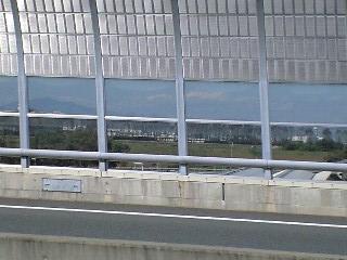 右には京都競馬場~
