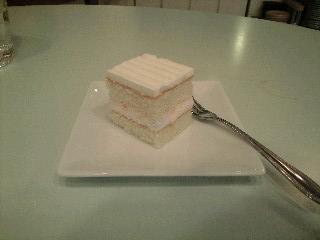 お米のフルーツケーキ